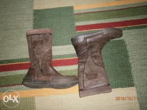 Čizme Froddo,broj 34.Očuvane,anatomske,kožne.