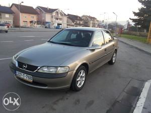 Opel Vectra B 1.8 16v