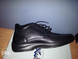 duboke cipele vodootporne NOVE