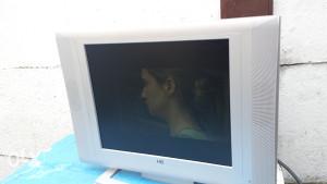 tv lcd 8