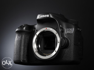 Fotoaparat CANON EOS 70 DW (8469B004AA)