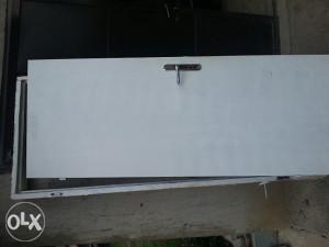 Vrata drvena sa stokom za kupatilo
