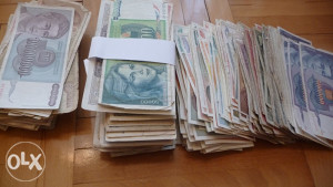 novcanice dinara oko 500 komada
