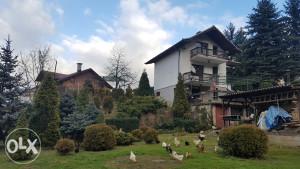 Kuća sa zemljistem u Podlugovima