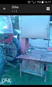Bansek za rezanje ogrevnog drveta