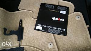 Audi A4 B8 / Audi A5 / Patosnice Podmetaci