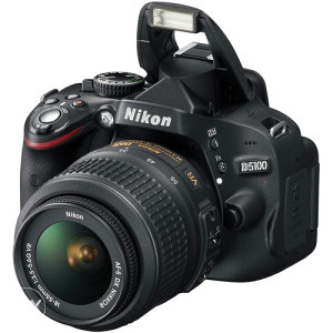 NIKON D-5100 sa 18-55mm objektivom
