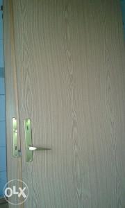 Sobna vrata sa stokom 5 komada za 200km