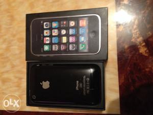 Iphone 3gs 32GB kao nov u kutiji sa opremom