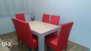 Trpezarijski stol i 6 stolica