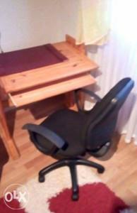Stol i stolica za racunar