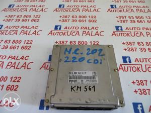 KOMPJUTER MOTORA MERCEDES W202 220 CDI 0281010223 A0001531479