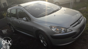 Peugeot 307   1.6 HDI  (UVOZ AUTA IZ SVICARSKE)