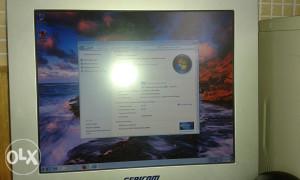 Kompjuter P4 LCDmonitor,webcam,miš,tastatura