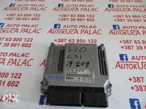 KOMPJUTER MOTORA MERCEDES W211 270 CDI 0281011072 A6471530579