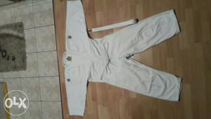 Kimono za judo i karate bijeli