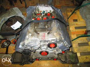 AUDI A8 S8 DIJELOVI POLU MOTOR 4.0 TFSI 309 KW