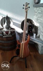 bass gitara