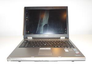 Laptop Toshiba Tecra A9