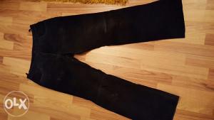 Kozne pantalone velur muske