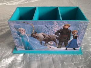 Frozen kutija za olovke - dekupaz