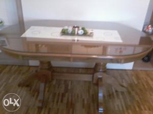 Trpezarijski sto + staklo gratis