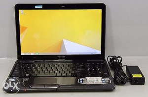Laptop Toshiba I5 4GB 500GB 15.6""