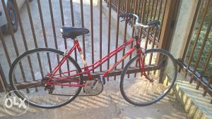 PEUGEOT zensko cestovno biciklo