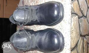 Cipele nove 43-44 crne