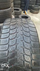 Prodajem 4 gume 245 45 18 Bridgestone 2012g.