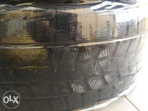 Gume Bridgestone Blizzak 225/65/17