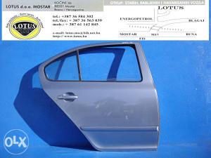 Škoda Octavia 05/09-zadnja desna vrata (ostali dijelovi)