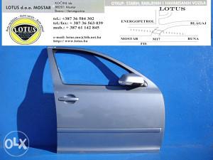 Škoda Octavia 05/09-prednja desna vrata (ostali dijelovi)