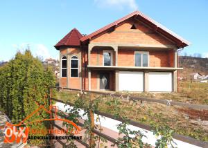 Novoizgrađena kuća u naselju Slavinovići Tuzla