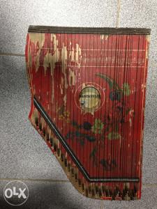 Stari muzicki instrument