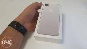 Apple iPhone 7 Plus + 128Gb 128 Gb Silver