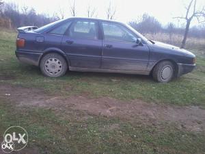 Audi 80 registrovan