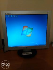 LG Flatron 19' inca monitor