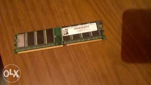 RAM 512 MB