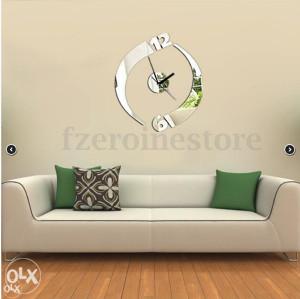 Moderni dekorativni sat sa efektom ogledala (snizeno)