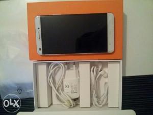 Oukitel smartphone U8