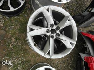 Aluminiumske feluge Audi Q5 ... Q7 ,,8,5jx19 ...R19