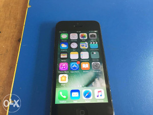 Apple iPhone 5 Black 32GB sim free