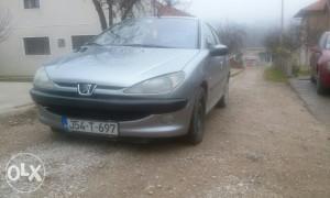 Peugeot pezo 206 OBAVEZNO CITAT POD DETALJNO