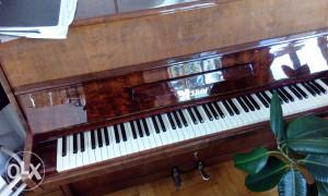 Klavir/pianino  Petrof