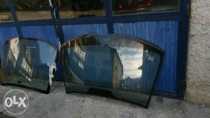 Prednja i zadnja šajba mercedes E klasa