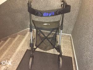 Invalidska hodalica DAYS