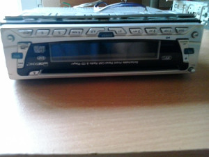 Auto CD player