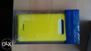 Nokia wireless punjač  + maska Lumia 820