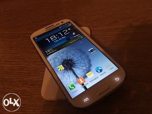 Samsung GALAXY S3 I9300 **ODLICNO STANJE**